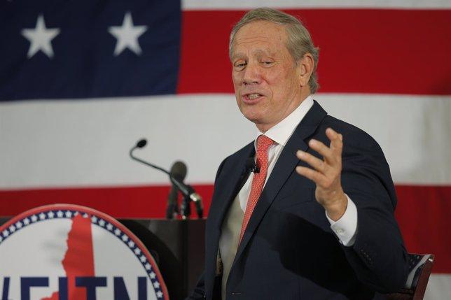 El exgobernador de Nueva York George Pataki