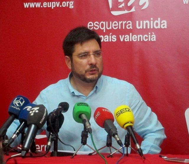 Ignacio Blanco anuncia su dimisión en una rueda de prensa