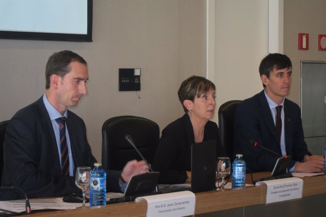 Javier Zarraondandia, Arantxa Tapia y Alex Arriola