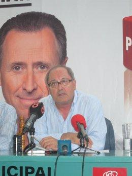 Cornejo en rueda de prensa en Chiclana