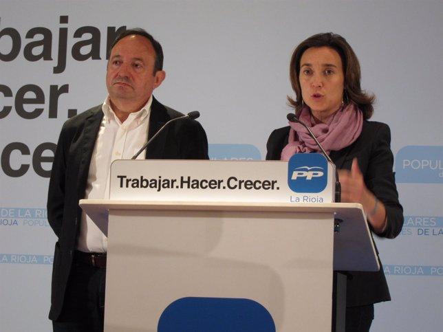 La candidata del PP al Ayuntamiento comparece con Sanz tras elecciones