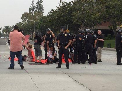La comunidad LGTB exige el cierre de los centros de detención de inmigrantes