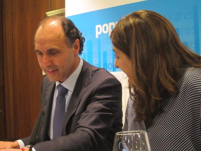 Ignacio Diego y María José Sáenz de Buruaga en la Junta Directiva del PP