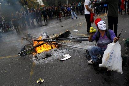 Disturbios en la marcha de los alumnos de instituto por Santiago