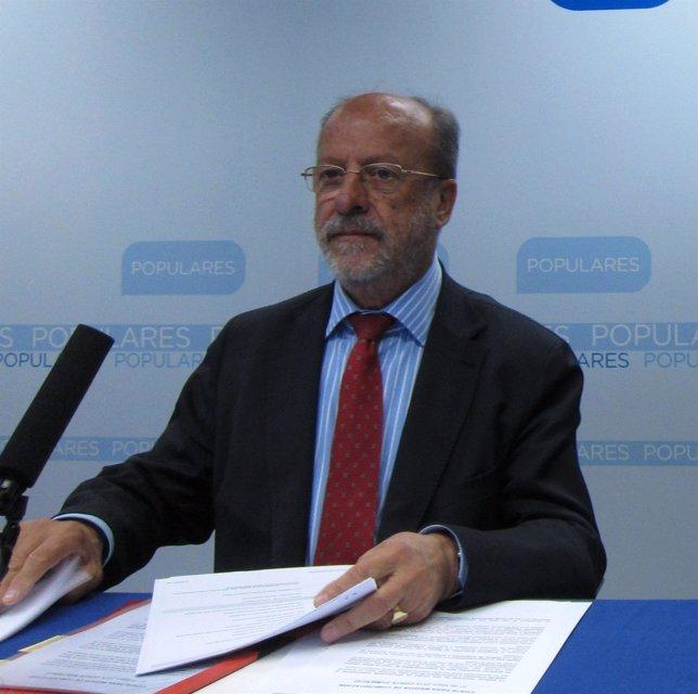 El candidato del PP a la Alcaldía, Francisco Javier León de la Riva
