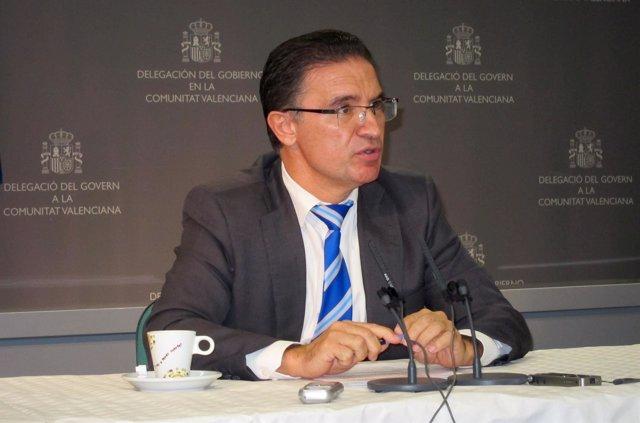 El delegado del Gobierno en la Comunitat, Serafín Castellano, en rueda de prensa