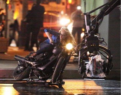 Suicide Squad: Margot Robbie enseña los trucos de Harley Quinn