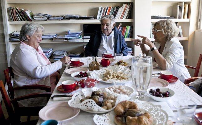 Reunión de Manuela Carmena y Pepe Mújica