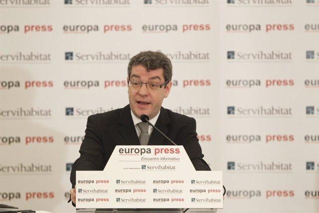 Álvaro Nadal en los Desayunos de Europa Press