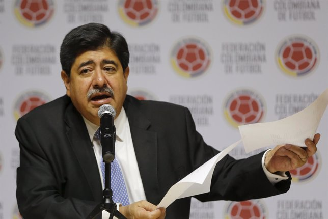 El presidente de la Federación Colombiana de Fútbol, Luis Bedoya