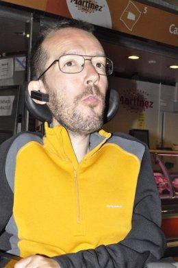 Pablo Echenique ha visitado el Mercado de Valdespartera.