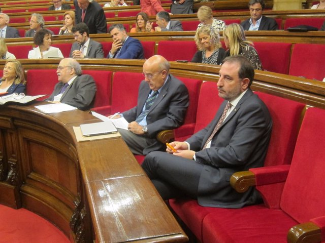 J.Ortega, A.Mas-Colell, B.Ruiz, R.Espadaler en el pleno del Parlament
