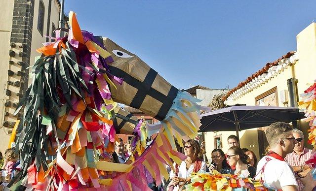 Desfile de 'Diablos y Tarasca'