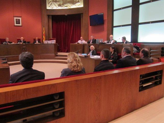 Juicio a Xavier Crespo, Josep Valls, Pilar Gimeno, Joan Perarnau y Andrei Petrov