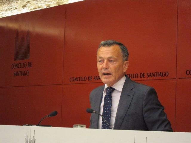 El alcalde de Santiago en funciones, Agustín Fernández