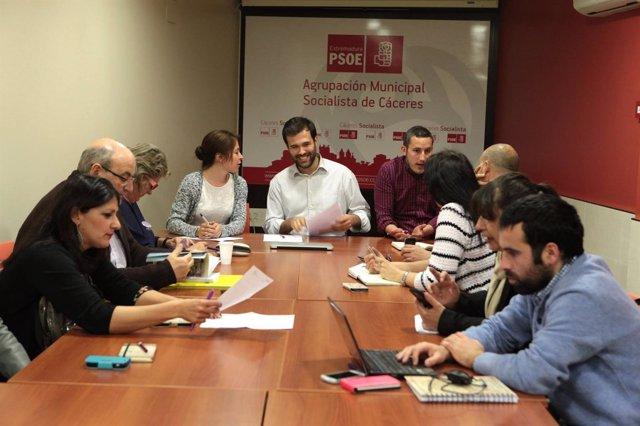 Reunión del nuevo Grupo Municipal Socialista de Cáceres