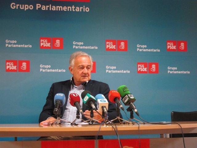 El portavoz parlamentario del PSdeG, José Luis Méndez Romeu