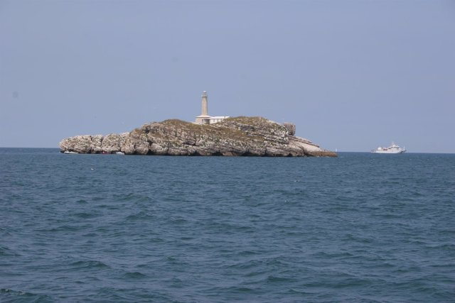La Isla De Mouro Es Una Zona Importante De Nidificación Para Aves Marinas