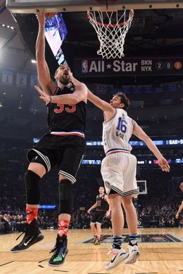 Los hermanos Pau y Marc Gasol en el 'All Star'