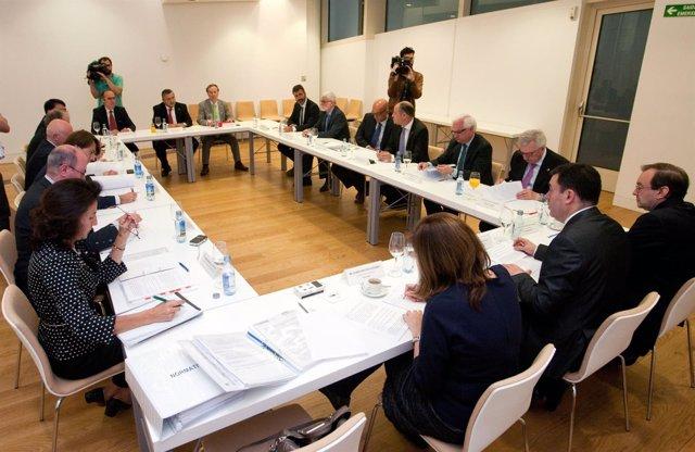 Roman rodriguez preside o pleno extraordinario do consello galego de universidad