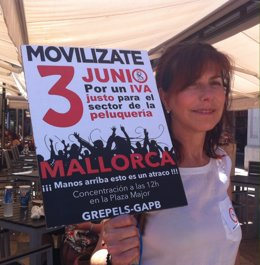 Concentración de peluqueros en Palma por un IVA más justo