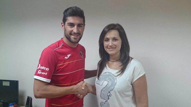 Emilio Buendía renueva como jugador del Jaén Paraíso Interior