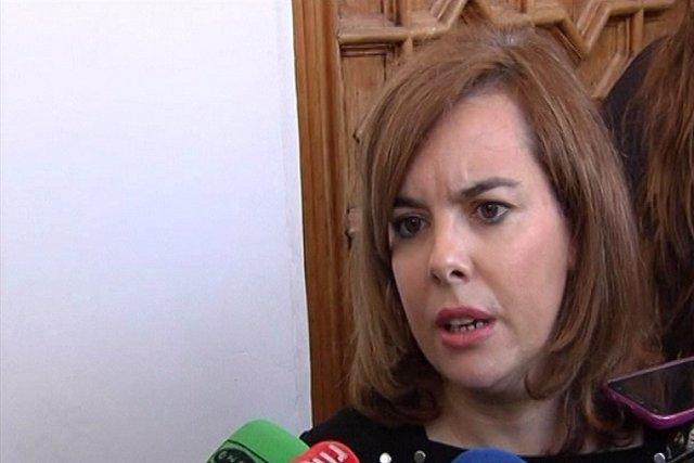 """Saénz de Santamaría pide """"estabilidad"""" en pactos"""