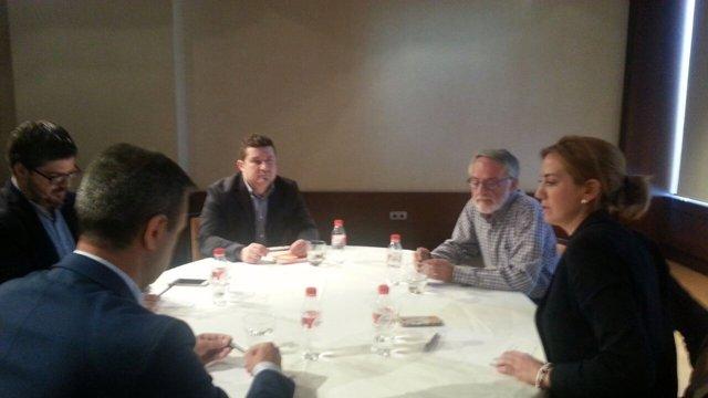 Reunión de Ciudadanos y PP en su primer cara a cara en el Nelva