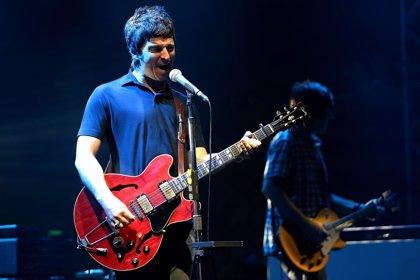 """Noel Gallagher afirma que One Direction durarán """"como mucho cinco años más"""""""