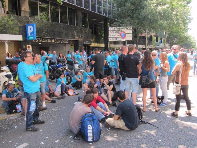 Concentración de trabajadores subcontratados de Movistar