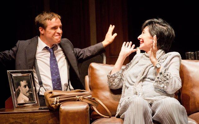 La actriz Concha Velasco protagoniza 'Olivia y Eugenio'.