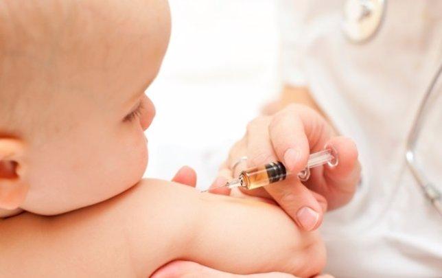 Niño, vacuna, bebé