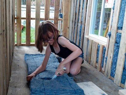 Se llama Hailey Fort y con 9 años ayuda a construir casas a los necesitados