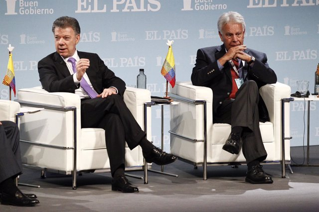 Juan Manuel Santos y Felipe González.