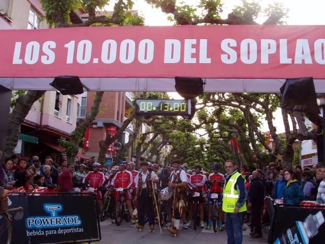 """Edicioens anteriores de """"Los 10.000 del Soplao"""""""