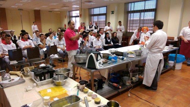 El CCT imparte un taller sobre la cocina con texturas en Cartagena