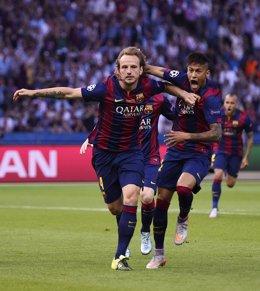 El FC Barcelona hace historia con el segundo triplete en seis años