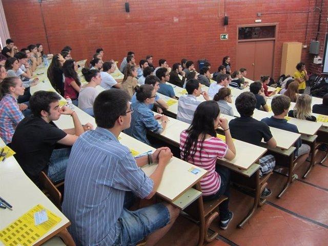 ESTUDIANTES EN SELECTIVIDAD