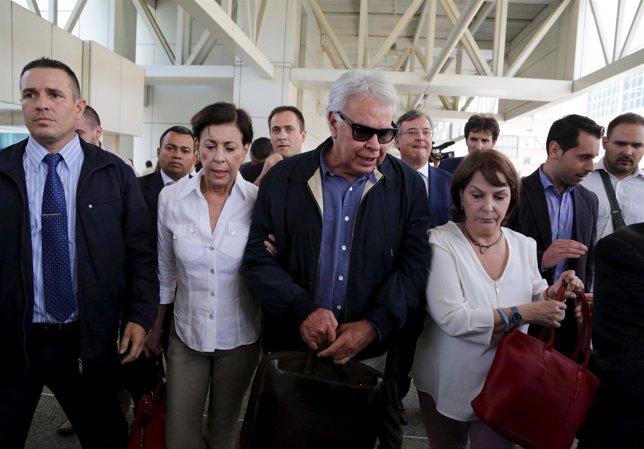 Felipe Gonzalez visita a Ledezma en Venezuela