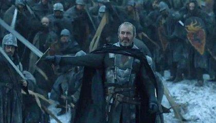 Juego de tronos: Stannis alza su espada en el avance del último episodio