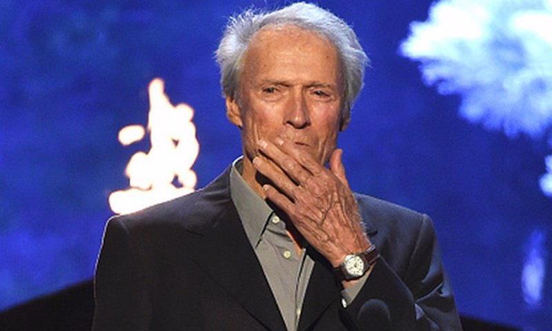 La broma censurada de Clint Eastwood sobre Caitlyn Jenner