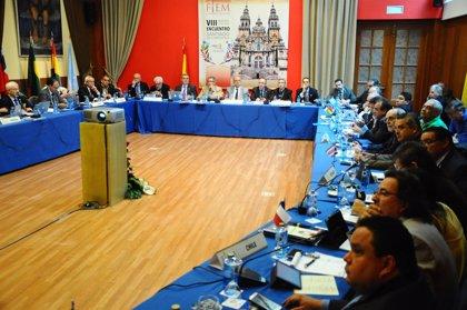 Médicos iberoamericanos piden garantizar los medicamento esenciales