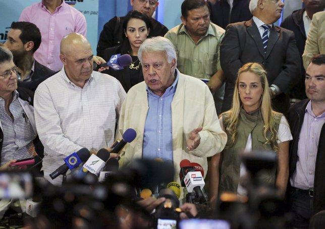 Felipe González durante su visita a Venezuela