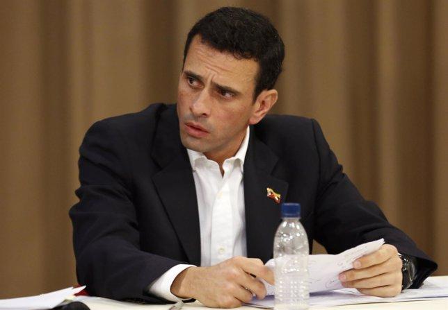 El líder opositor y gobernador del estado Miranda , Henrique Capriles