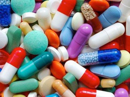 ¿Cómo ahorrar 500 euros al año por cada mayor polimedicado?