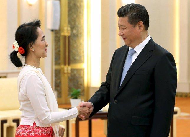 Xi Jinping y Aung San Suu Kyi
