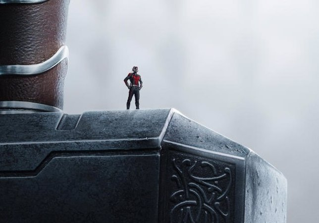Imagen promocional de Ant-Man con guiño a los Vengadores