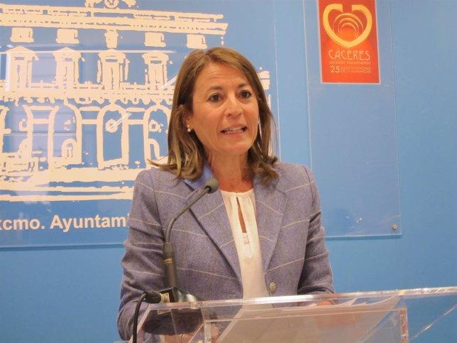 Elena Nevado será investida alcaldesa de Cáceres