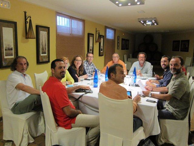 Reunión de PSOE e IU en Córdoba para cerrar la estructura de gobierno municipal