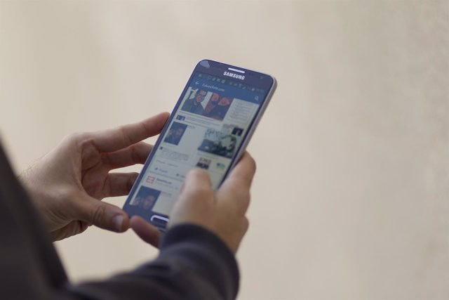 Redes sociales, internet, teléfono inteligente, móvil, smartphone, Samsung